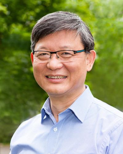 Dr. Rongshan Lin, Schulleiter